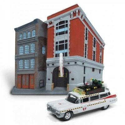 Ghostbusters Diecast Model 1/64 1959 Cadillac Ecto-1 & Firehouse Diora (2259385)