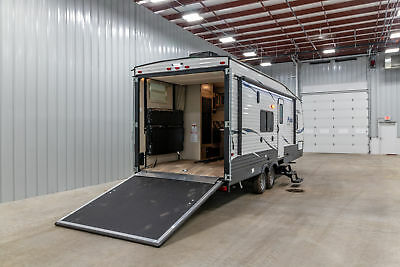 New Puma XLE 23SBC 1/2 TON TRAVEL TRAILER HARLEY TOY HAULER  w/7 YR WARRANTY