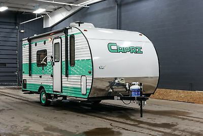 New Gulfstream Capri 189Dd Retro Rear Bath Camper Rv W/7 Yr Warranty