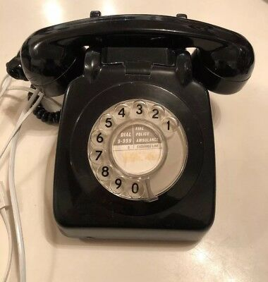 Old VINTAGE Rotary Dial Phone Telephone Black in Full working order (7)
