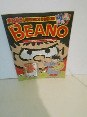 Beano Comic No 3069  2th May 2001 with Free Gift