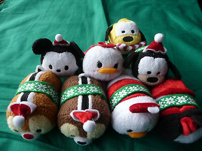 Disney Christmas Holiday Tsum Tsum Collector 2015 Set 8 Mickey, Minnie & Gang