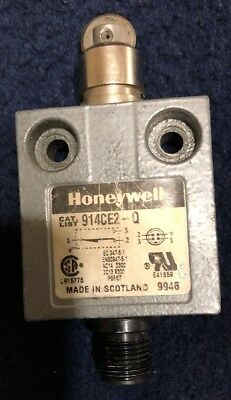 Honeywell 914CE2-Q1 Top Roller Plunger Limit Switch