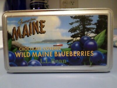 Maine Wild Blueberries Tin Mint Condition L. L. Bean Sold Chocolate Covered Blue