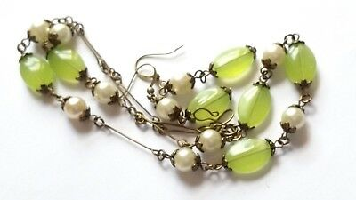Czech Spring Green Glass Bead Necklace/Earrings Set Vintage Deco Style