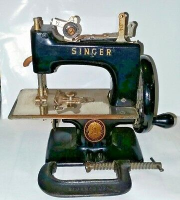 Antique Vintage SINGER Child's Sewing Machine Black 1950s Hand-cranked Collector