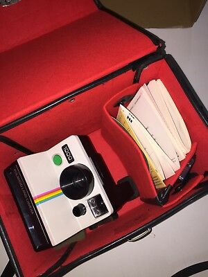 Polaroid Land Camera 1000 green button with case and manuals