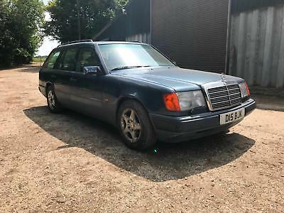 Mercedes-Benz 300 Petrol 3.0 Auto 7 Seater - BJC Barn Clearance
