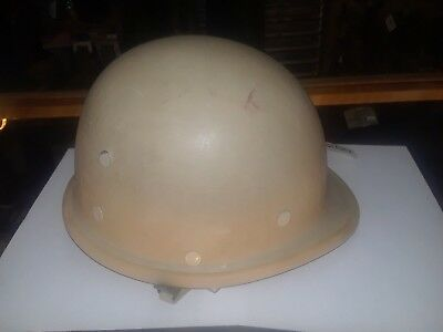 Iraqi Republican Guard helmet  - very good condition