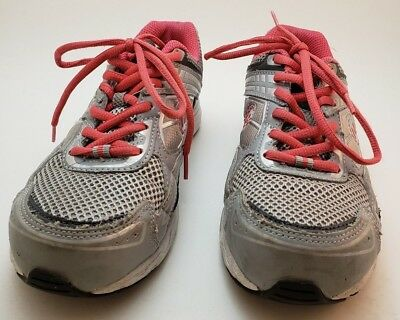 EUC Hytest Women's Gray and Pink Steel Toe EH Low Athletic shoes size 7