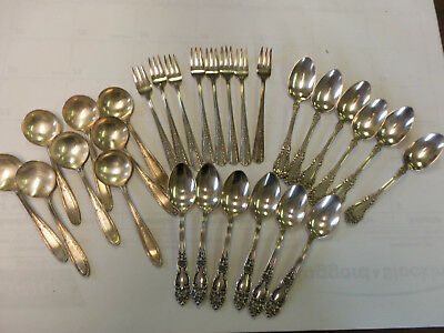 Mixed Set of 28 Silverplate Flatware International, Reed & Barton, Rogers Bros