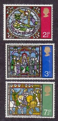 GB 1971 Set of 3 Christmas Stamps - Canterbury Cathedral Stained Glass - MNH