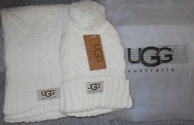 UGG knited winter hat & scarf set -  white - new with tags