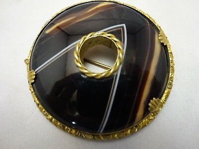 Beautiful Large Scottish Agate & Gilt Metal Brooch Antique Victorian.