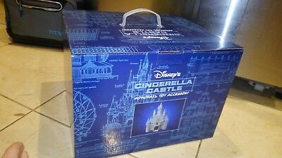 New Walt Disney World Parks Mono Rail Play Set Cinderella Castle   Nib