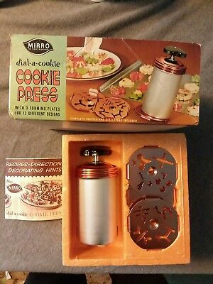 Vintage Mirro Dial-a-Cookie Cookie Press Kit Instructions Original Box M-0357-22