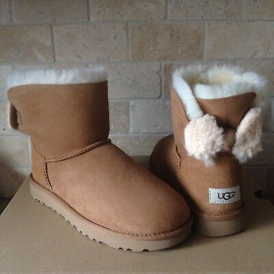 039916e7c63 UGG ARIELLE BAILEY Wool Fur Bow Chestnut Suede Mini Boots Size Us 9 ...