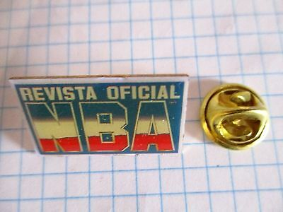 PINS RARE NBA BASKET OFFICIAL REVIEW REVISTA OFICIAL MAGAZINE OFFICIEL m1/2