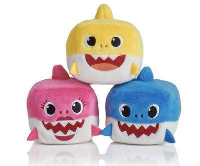 WowWee Pinkfong - Baby Shark Family Official Singing Plush Sound Cubes - ENGLISH