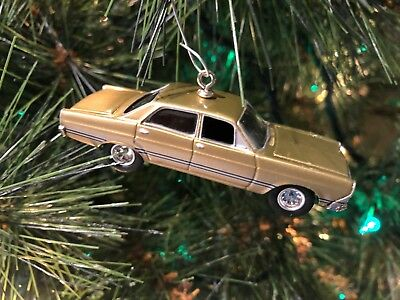 Christmas Dragnet.Dragnet 1967 Ford Fairlane Christmas Tree Ornament Detective Car 1 64 Scale