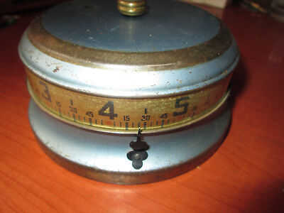 Vintage Tape Measure Wind Up Table Clock Made In U.s.a.(331H)