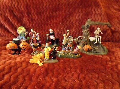 Lot of 8 Department 56 Dept 56 Snow Village Halloween Accessories Figurines