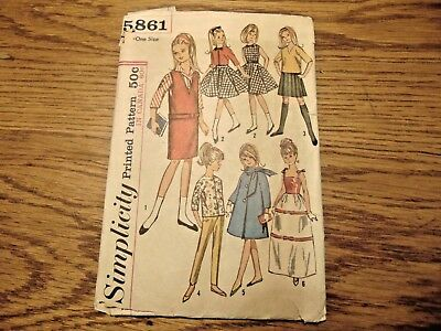 """Wardrobe Sewing Pattern for 9"""" Dolls as Skipper & """"Lil Sister"""" Simplicity 5861"""
