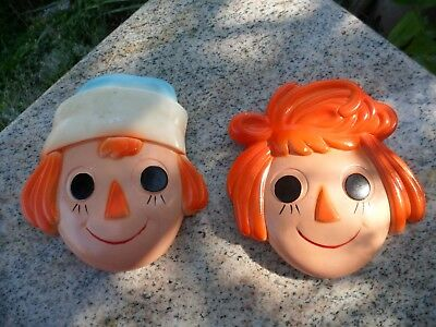 Vintage Raggedy Ann and Andy Plaster Decorative Wall Chalkware Plaques