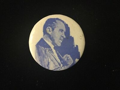 Nixon Picture 1 1/4 Inch Button Box 9