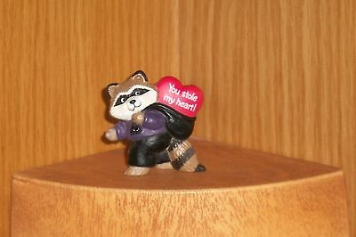 Hallmark Merry Miniature 1991 Valentine RACCOON Thief