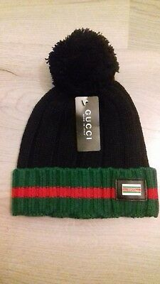 Gucci Winter Bobble Beanie Hat Size Medium BRAND NEW WITH TAGS 516f11cd38f