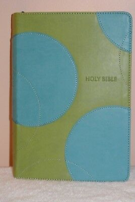 """Thomas Nelson Nkjv Giant Print Bible Green With Blue Circles Leather Cover 9""""x6"""""""
