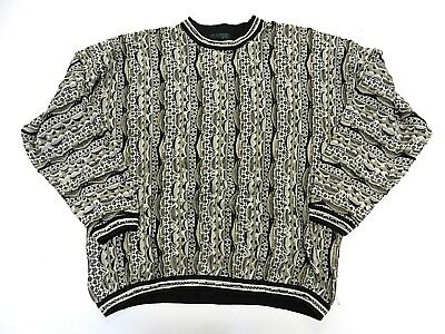 VTG TUNDRA Multi-Colored Knit Men's Sweater Adult Size X-Large Made in Canada