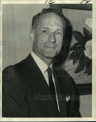 1972 Press Photo David C. Kerr, President, John Walker and Sons Ltd. Distiller