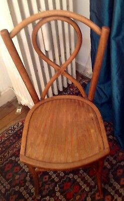Chaise Bistrot Vintage En Bois Courbe Ancienne Estampillee Luterma