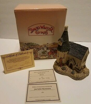 "David Winter ""the Chapel"" Mint With Coa & Box"