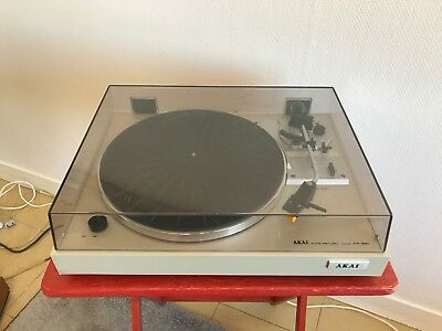 AKAI AP-B21 Auto Return Turntable. Platine vinyle