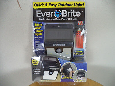 New Ever Brite Motion Activated Solar Power LED Light. Quick And Easy Outdoor Li