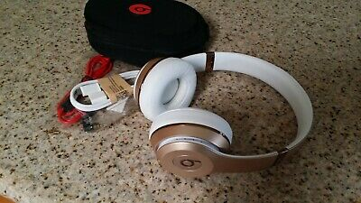 Apple Beats by Dr Dre Solo3 Wireless  Bluetooth Headphone Gold color