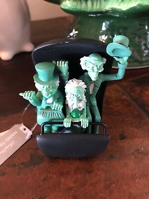 Disney World Haunted Mansion Hitchhiking Ghosts Doom Buggy Ornament