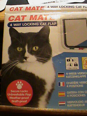 CAT MATE~4 WAY LOCKING CAT FLAP, WHITE~Cat or Dog Size: up to 13.2 lbs