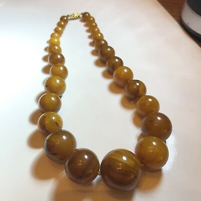 Vintage Genuine Bakelite Butterscotch Graduated Bead Necklace