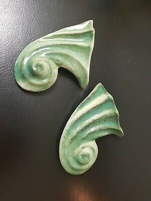 Vintage Retro Cornucopia Wall Vases Pair In Green