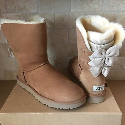 ed98523eafe UGG BAILEY BOW Short Knit Ruffle Chestnut Suede Classic Boots Size Us 10  Womens