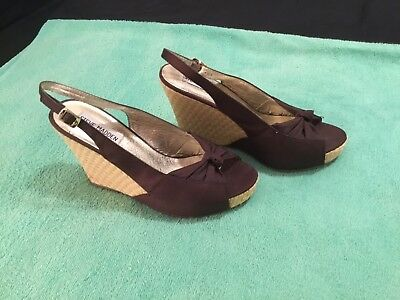 a2f10e2f06d STEVE MADDEN LADIES Shoes. Size 7 Two Tone Brown -  15.00