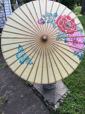 Vintage Yellow Japanese Floral Painted Paper Parasol In Impeccable Condition