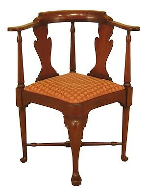 46550EC: HICKORY CHAIR CO. Queen Anne Mahogany Corner Chair