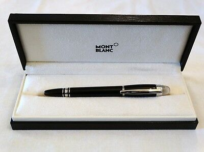 Montblanc Starwalker Fountain Pen In Black & Platinum With 14K Gold M Nib - Mint