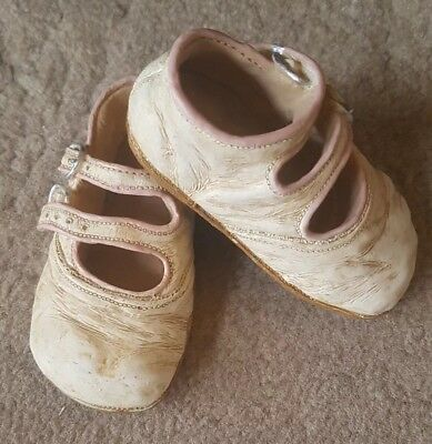 Shudehill Small Baby Vintage Worn Effect White Pink Ceramic Shoes Ornament  Pair
