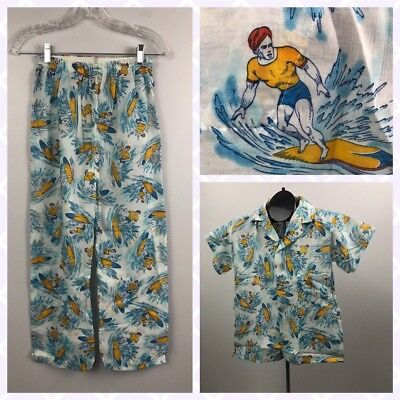 1970s Pajama Set PJ's / surfer Novelty Print Pajama Top and Bottom